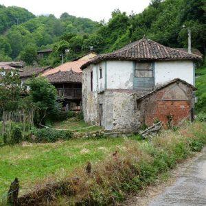 Le village de Santullano